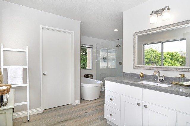 Jak zvládnut rekonstrukci koupelny bez stresu?